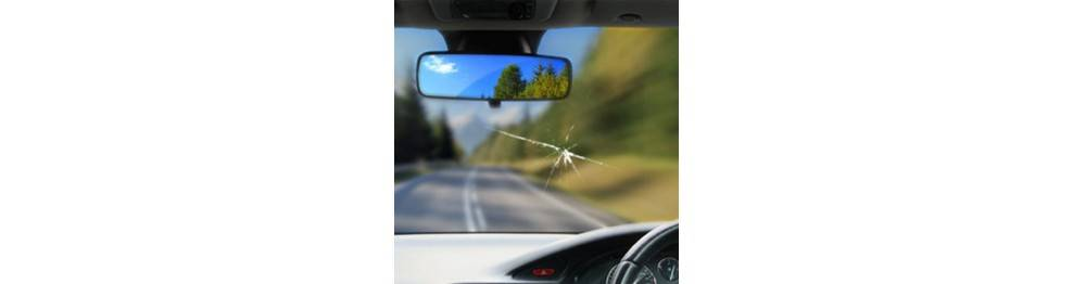 Oprava prasklín od kamienkov na oknách auta